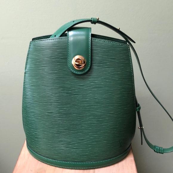 Louis Vuitton Handbags - ⬇️Louis Vuitton Borneo Green Epi leather Cluny Bag 2ae3575f056ed